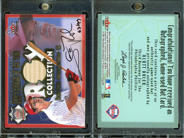 2001 Fleer Focus - ROY Collection Memorabilia Autograph #15 AU, MEM, SN97
