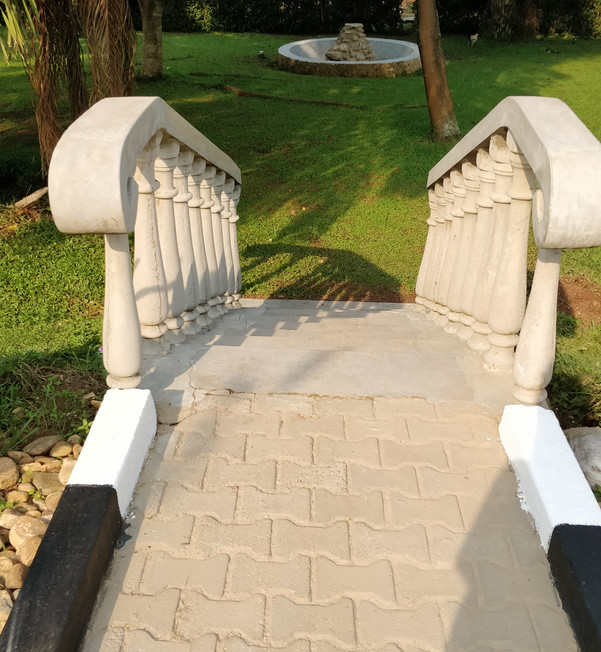 Concrete stair cleaning - residential
