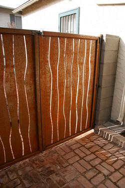 wavy gate 2