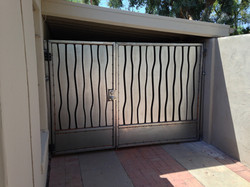 wavy gates