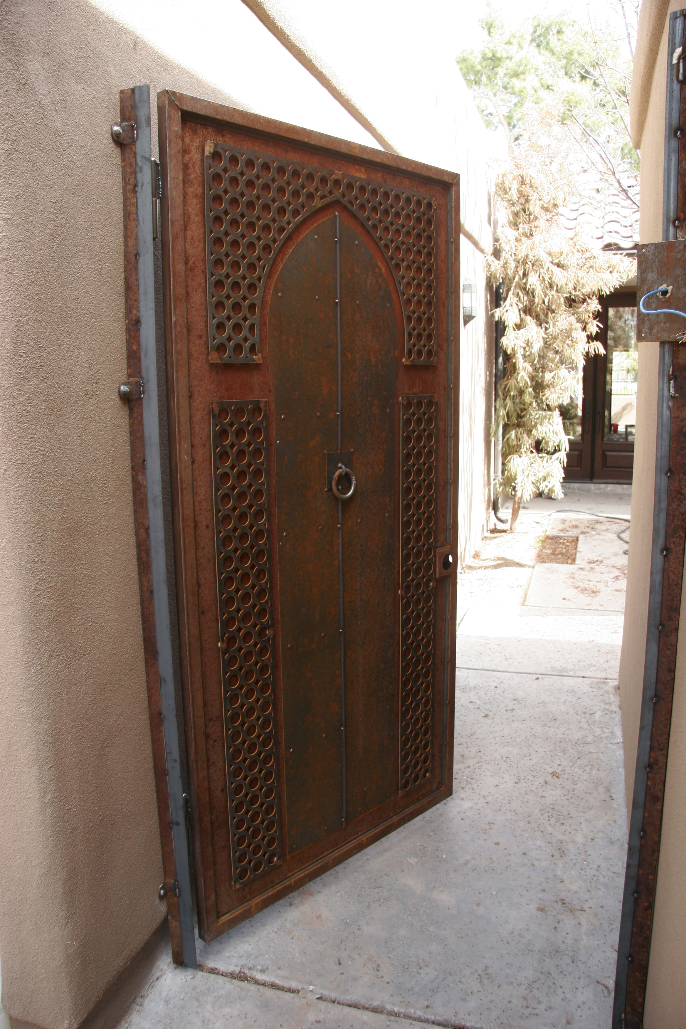 Moorish gate