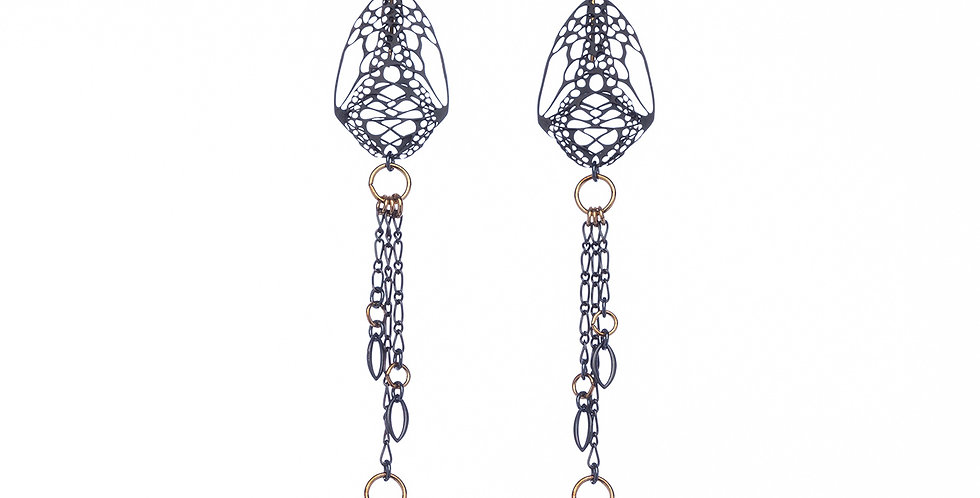 Cocoon Chandelier earrings in black and gold