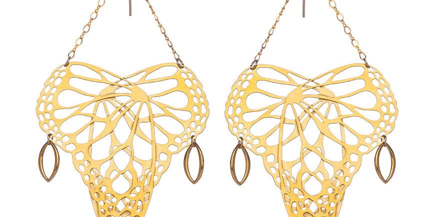 Flutter earrings in gold plate