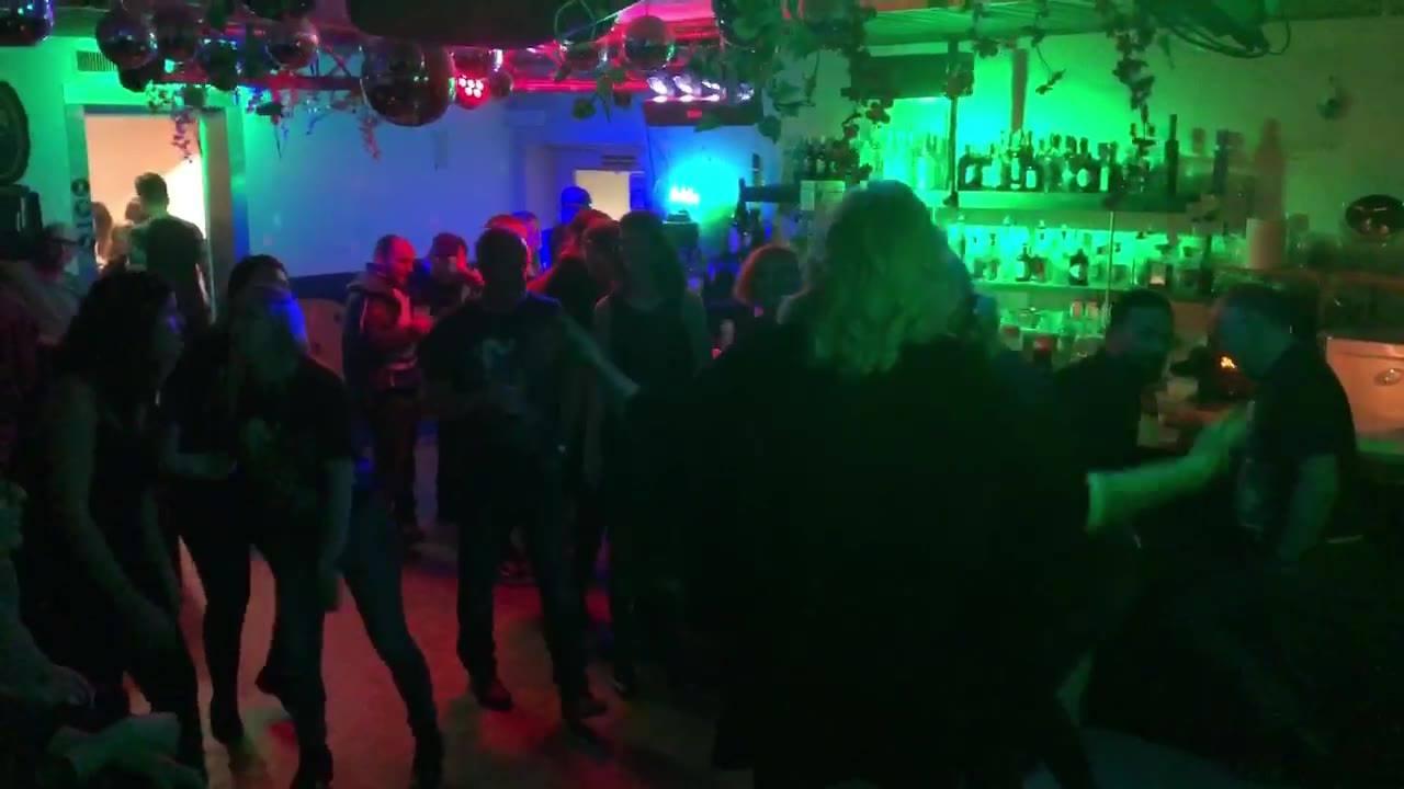 Freiraum Widnau On Fire🔥🔥🔥  DJ Gesucht? www.djmatchlaz.ch  #djmatchlaz #matchlazonfire #djlife #party #freiraumwidnau #onfire #clubdj #weddingdj #hochzeitsdj #events #goodmusic #openformat #djservice