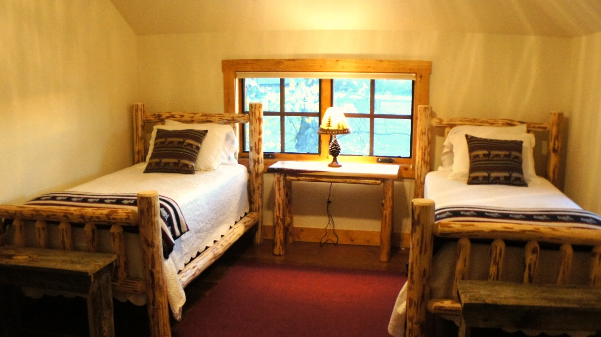 Cabin Bedroom 4