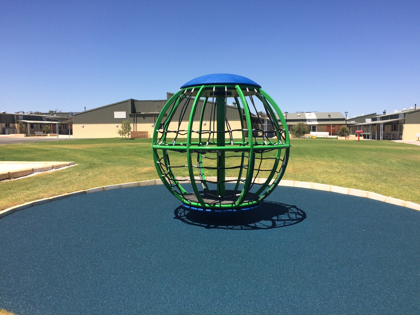 Global Motion Playground Equipment. Peth Supplier.