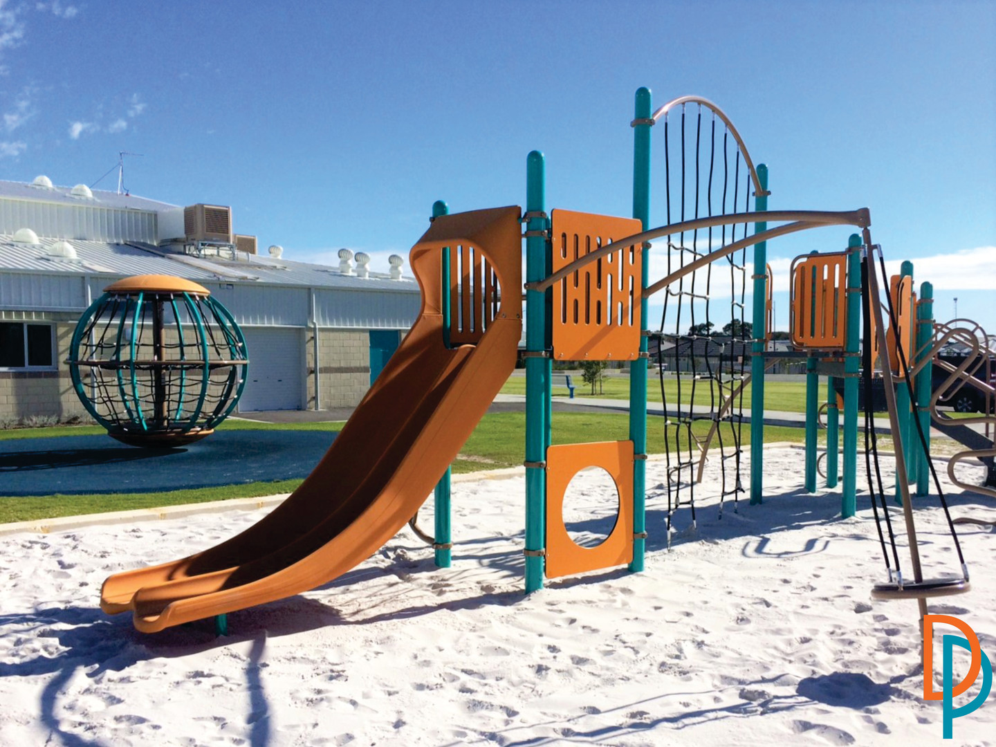 Perth Playground Supplier. Australia Global Motion. Playbooster with slide and net.