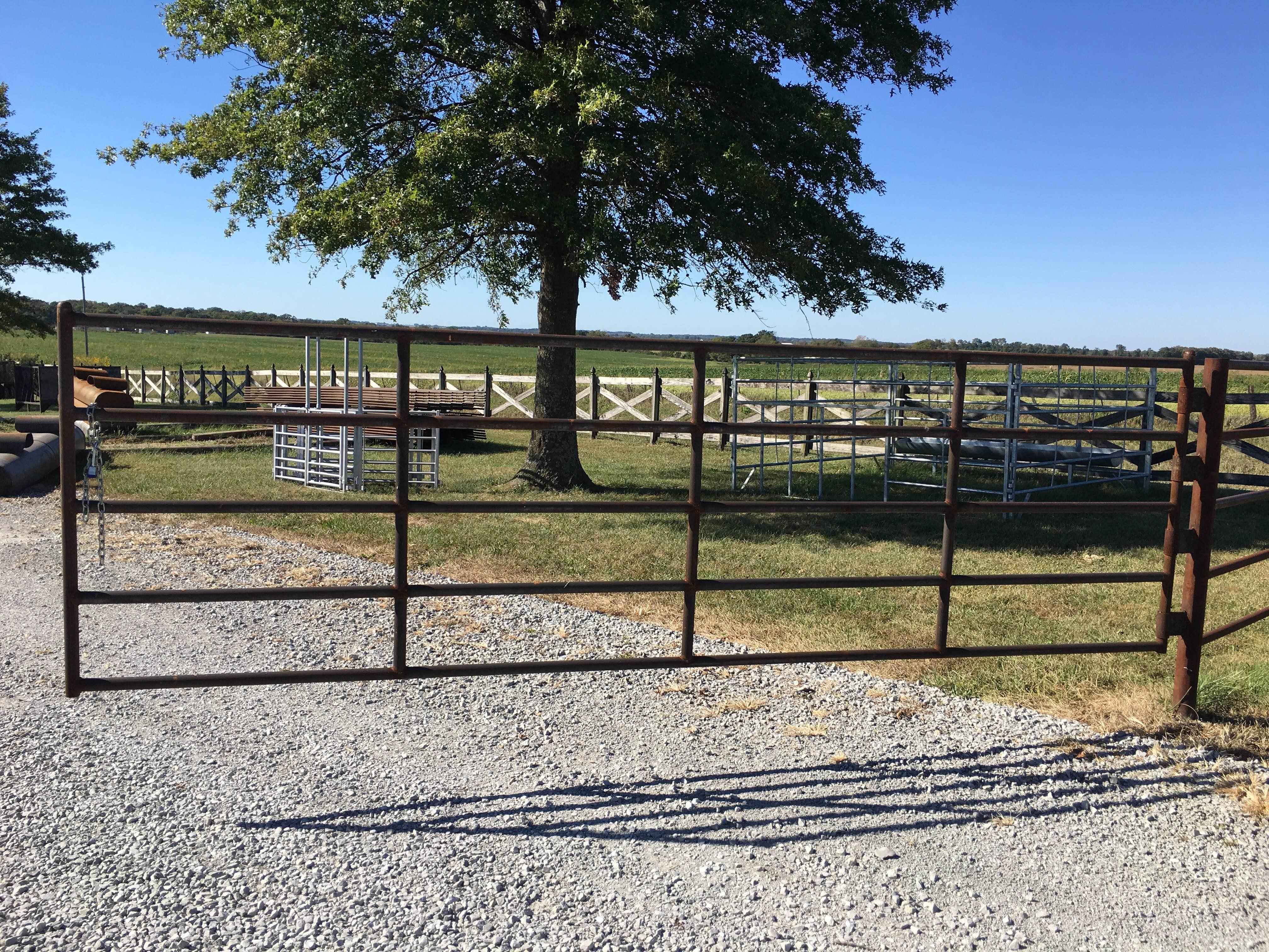 14' 5 bar corral gate