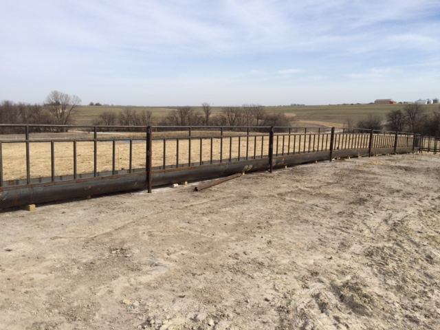 LAG Fenceline Feed Panels