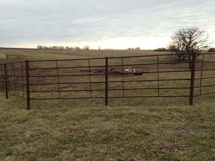 6 Bar LAG Continuous Fence Panels