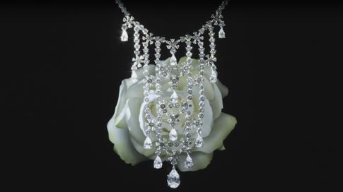 De Beers diamond necklace