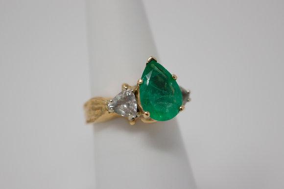 18k Gold Natural Emerald Beryl & Aquamarine Ring