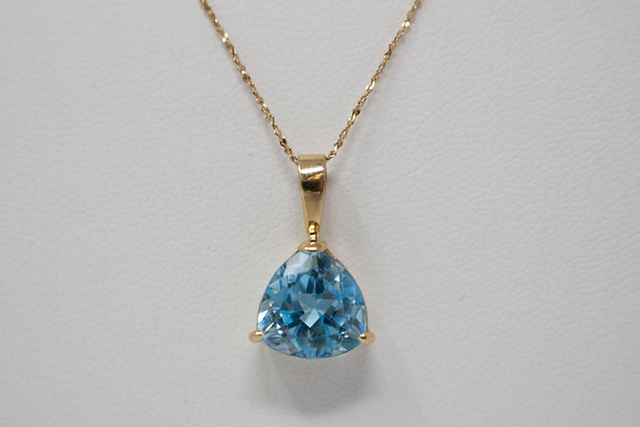 14k Gold Natural Topaz Pendant