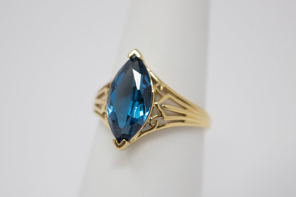 14k Gold Synthetic Spinel Ring