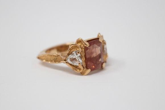 18k Gold Natural Sunstone Feldspar & Topaz Ring