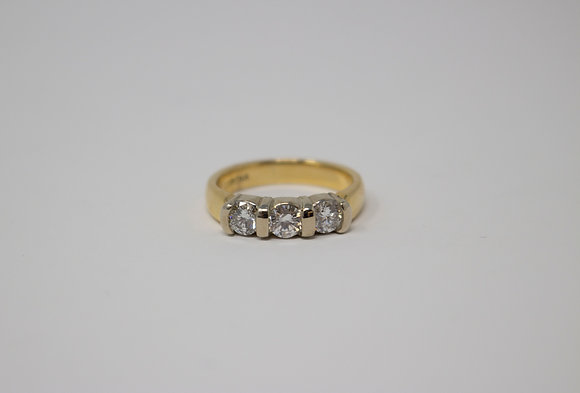 18k Gold Three Diamond Ring