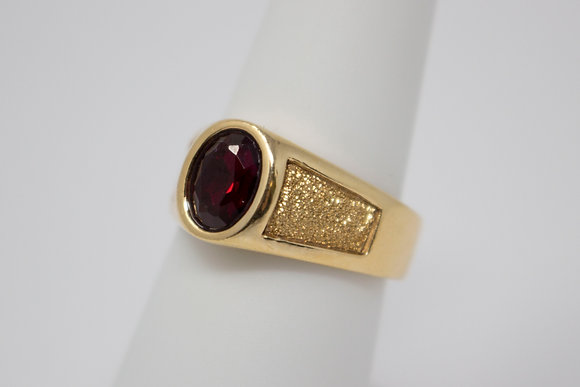 14k Gold Synthetic Ruby Ring