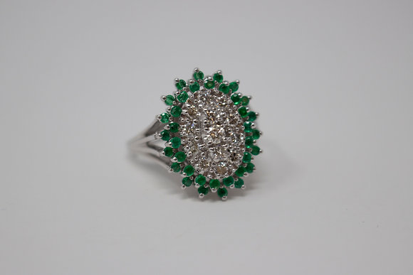 14k White Gold Diamond & Green Diamond Cluster Ring