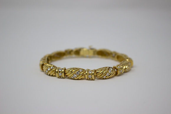 18k Gold Fancy Link Diamond Bracelet