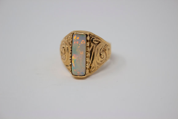 18k Gold Natural White Opal Ring