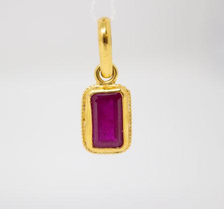20k Gold Natural Ruby Corundum Pendant