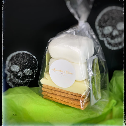 Spoo-Key Lime Pie S'more Halloween- Themed Party Kit