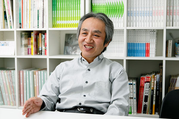 山田浩幸氏