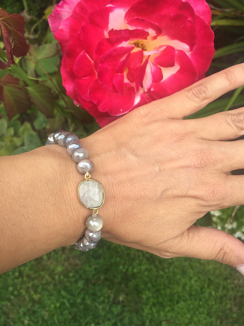 8mm Moonstone rondelle beads with Moonstone center
