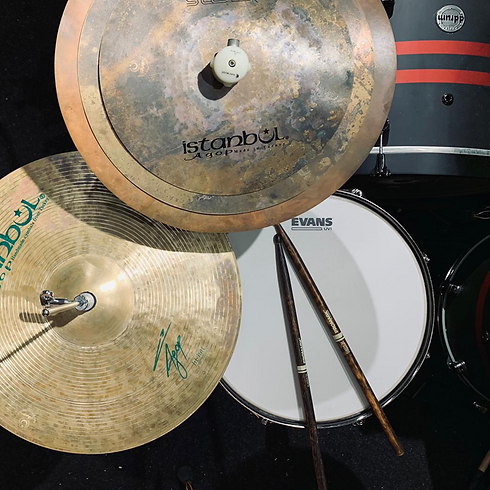 16 beat drums cymbal snare pic.png