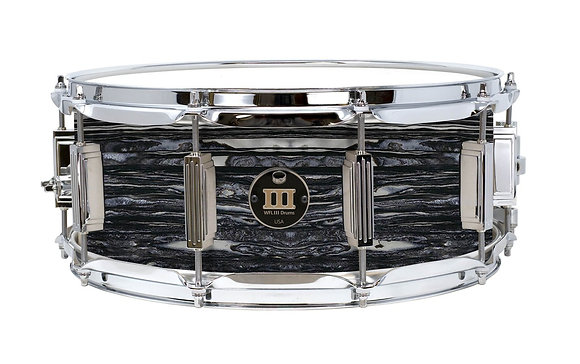 """WFL III Maple Snare - Black Oyster 5.5""""x14"""" Chrome Lugs, S1 Strainer"""