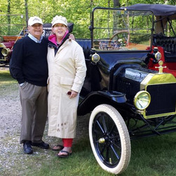 Chris & Joanne Figge 1915 Model T Runabout