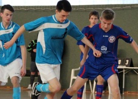 B-Junioren: Klarer Vorrunden-Sieg für die B-Junioren bei der HKM