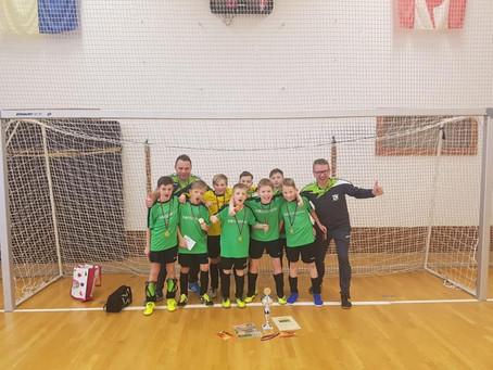 E1-Junioren gewinnen Hallenturnier des SV Fortschritt Glauchau