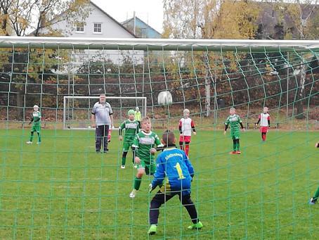 E2-Junioren: Knappe Niederlage gegen Spitzenreiter Textima Chemnitz