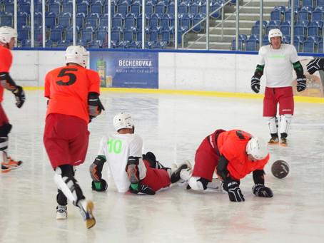 Klaffenbach belegt 7. Platz beim Crashers Eisfußball-Turnier