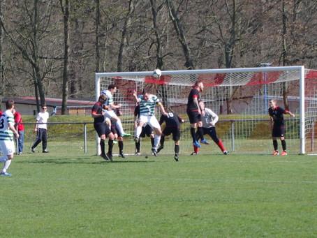 1. Mannschaft: 1:2 Sieg beim Spitzenreiter TSV IFA Chemnitz