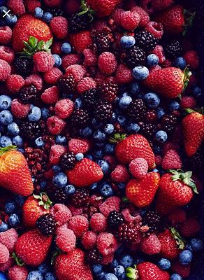 Island Bowls AXA fresh delicious berries