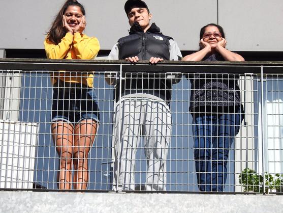 Tais, Juan and Mama