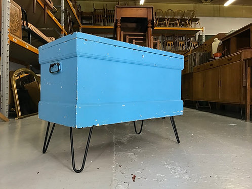 Rustic Blue Blanket Box on Legs - Vintage Chest Coffee Table TV Stand Trunk