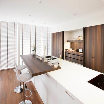 Zorg voor een gezellige keuken met hout.