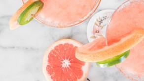 Dit zijn de lekkerste zomerdrankjes om zelf te maken