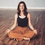 Suzie Yoga BR Med.jpg