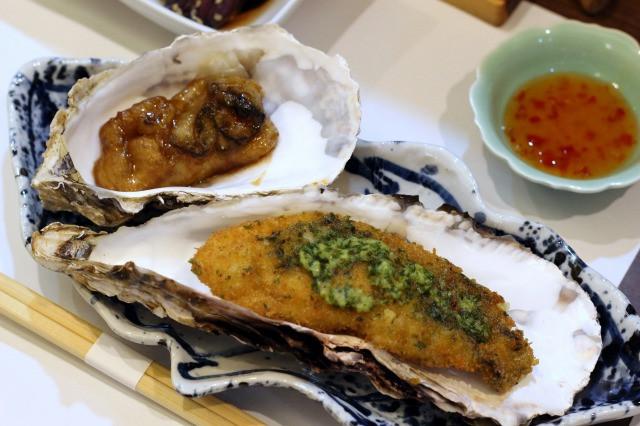 二種の焼き牡蠣