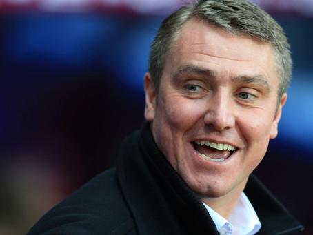 Lee Clark stresses Rafa Benitez can't get a head start