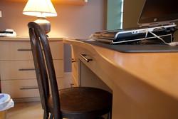 Groff Desk Edge