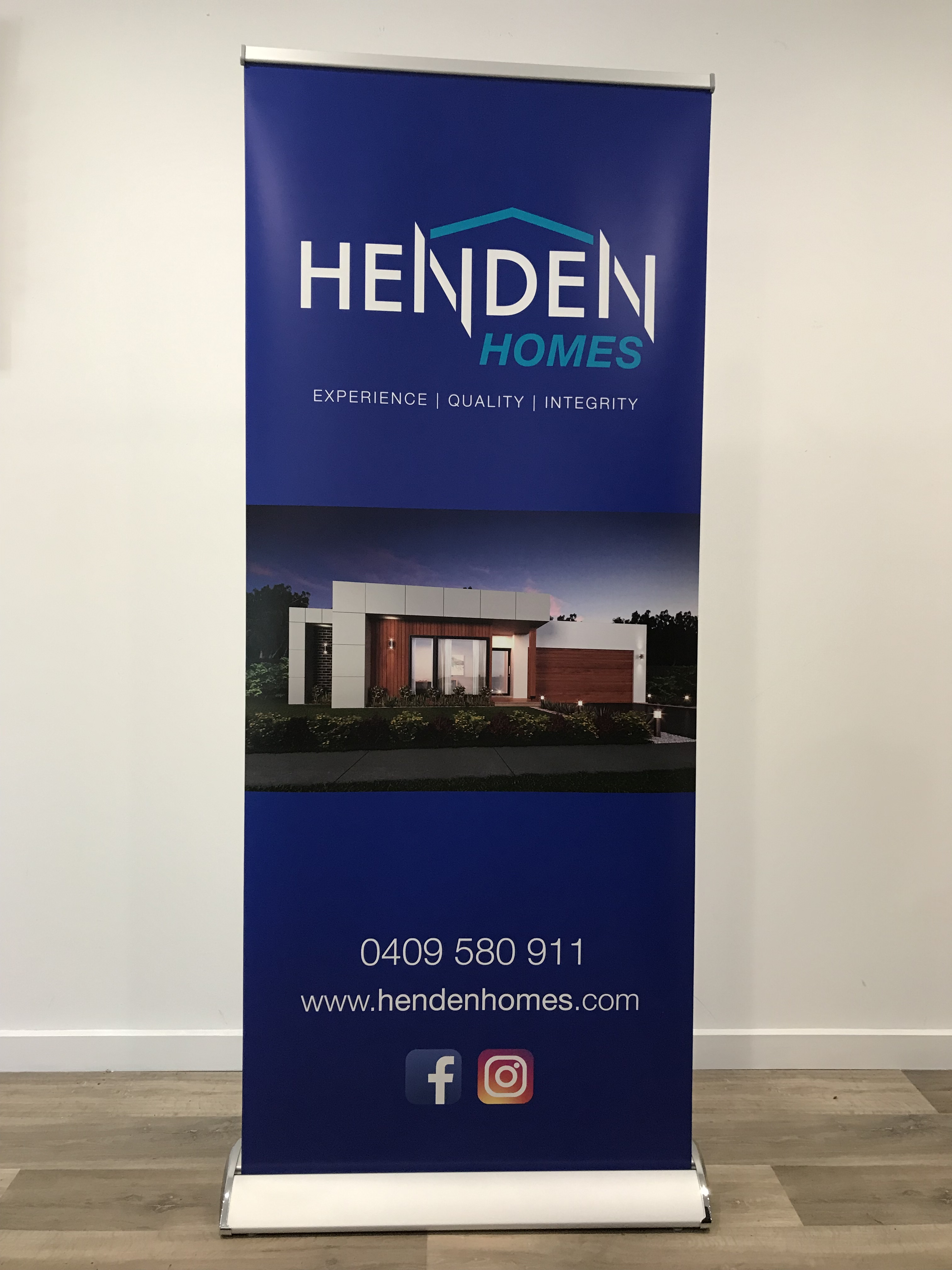 Henden Homes Retractable Banner
