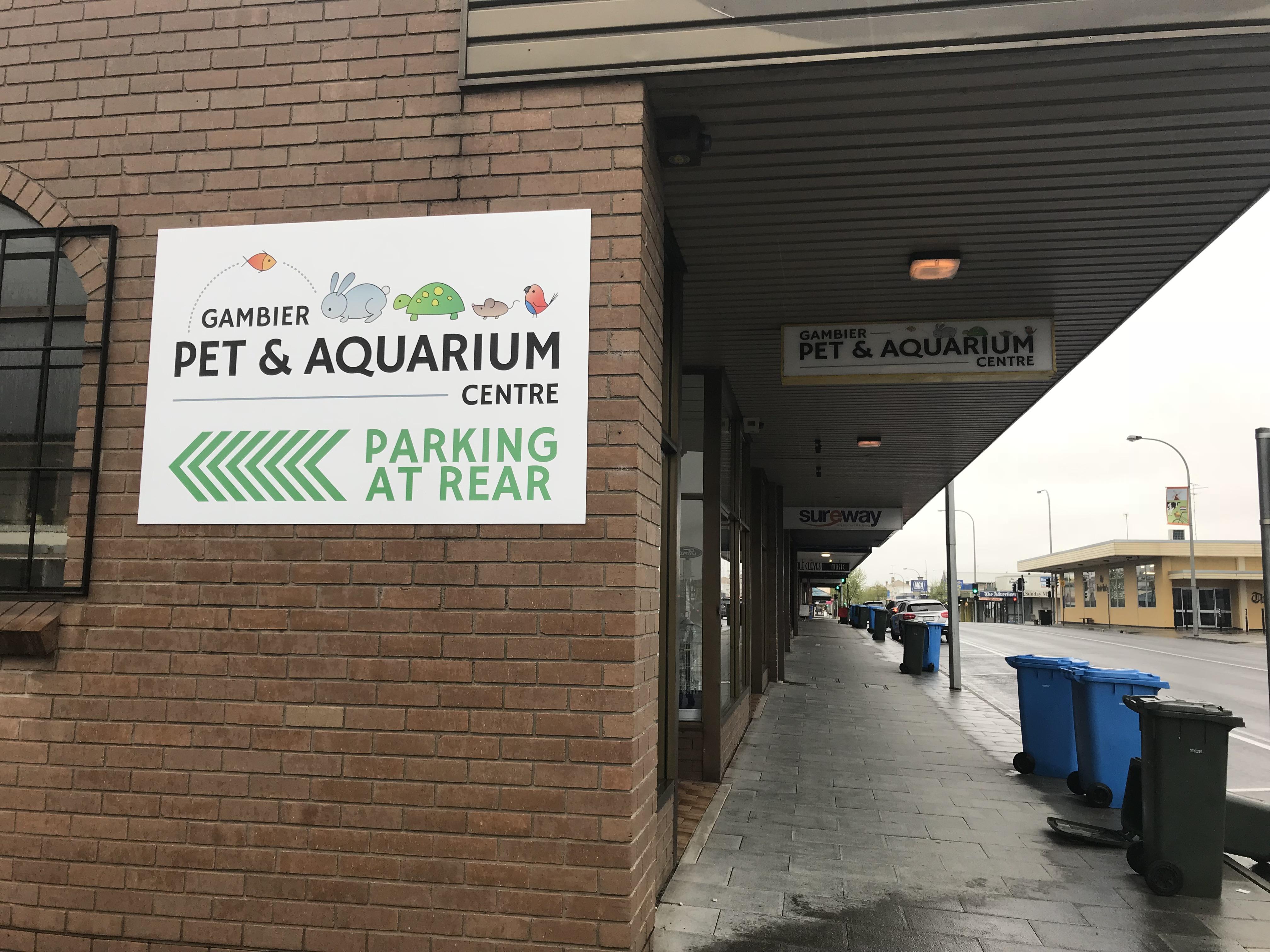 Gambier Pet & Aquarium Signage