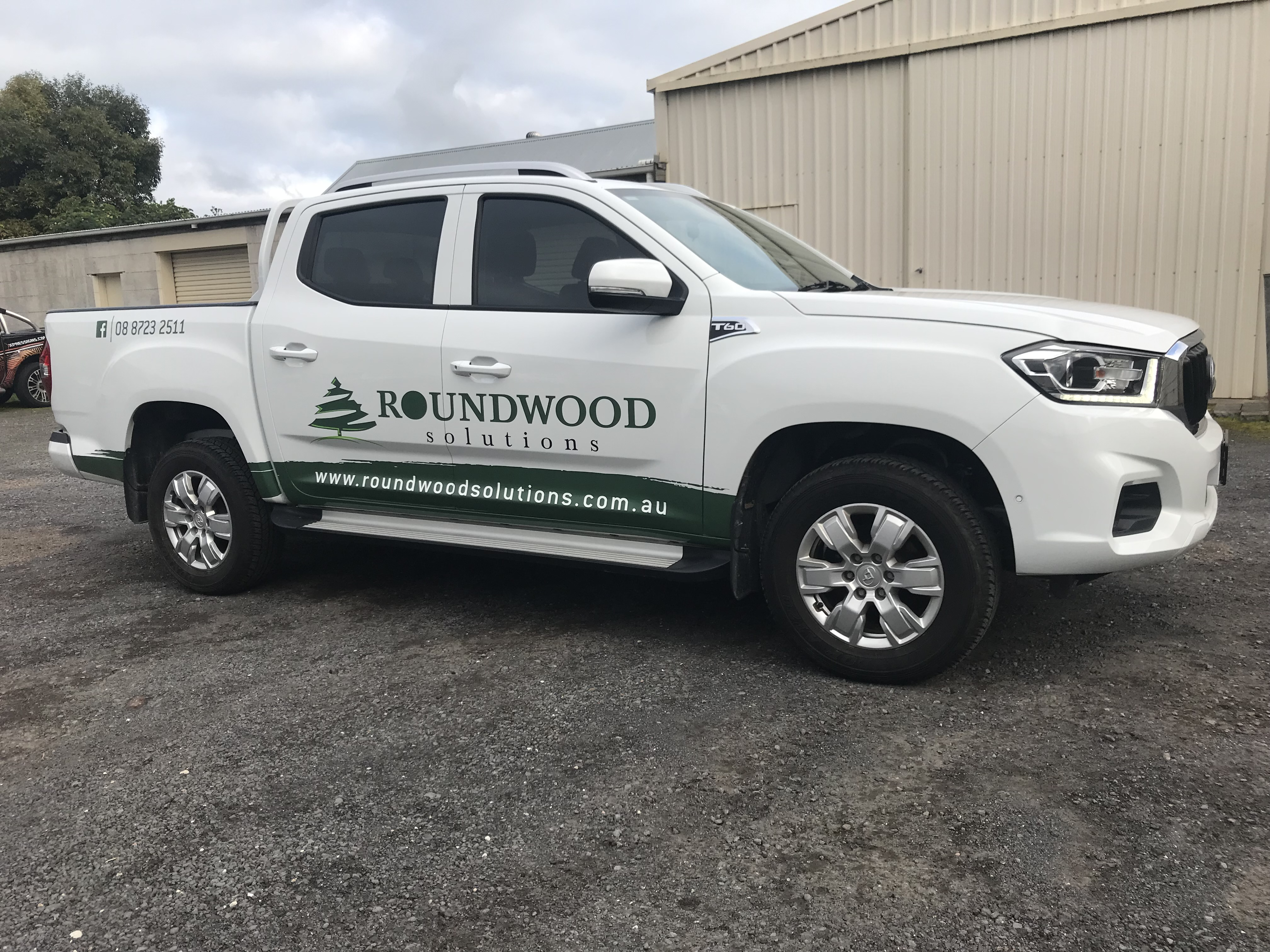 Roundwood Solutions Ute Signge