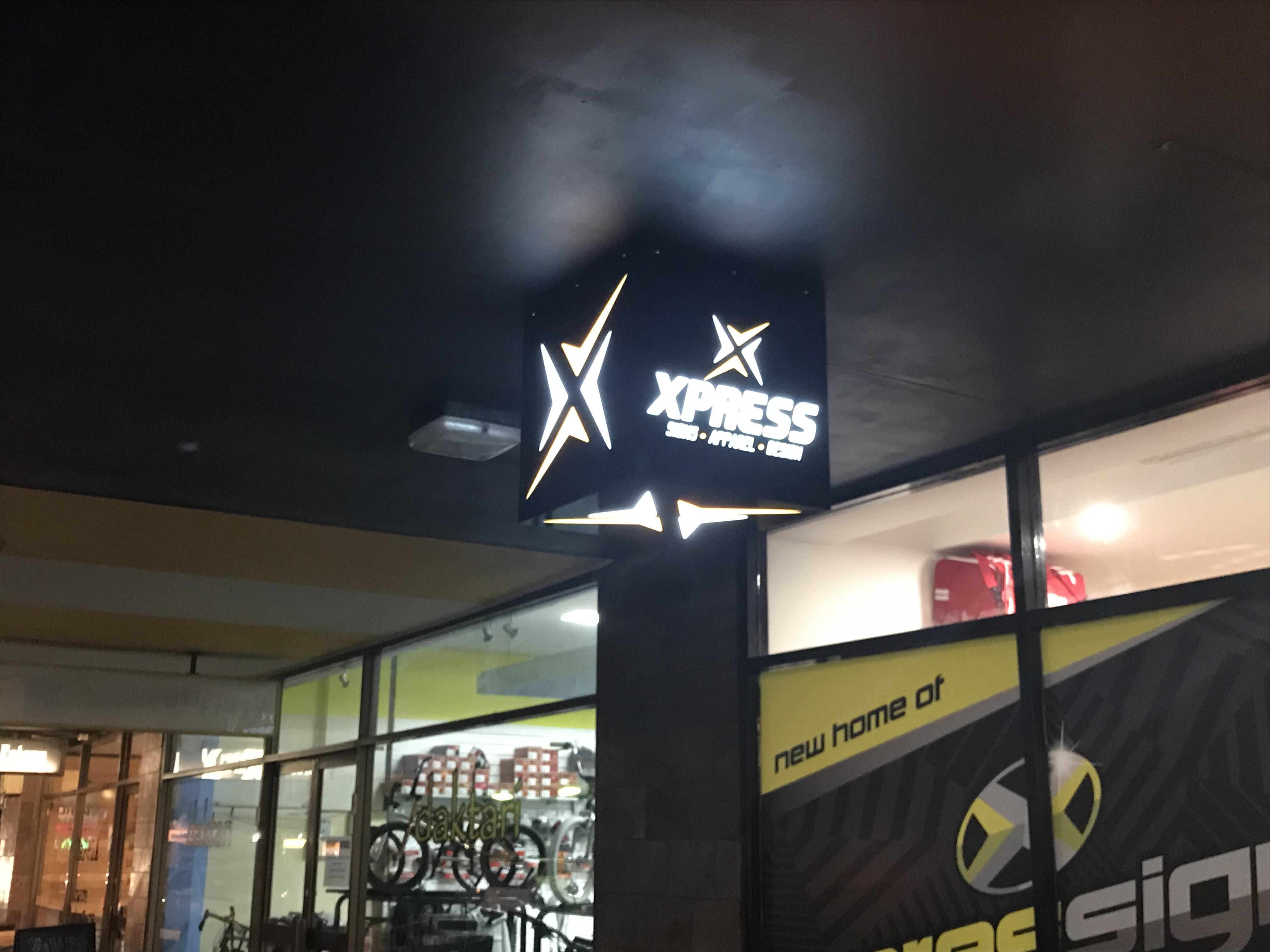 XPRS Apparel Lightbox