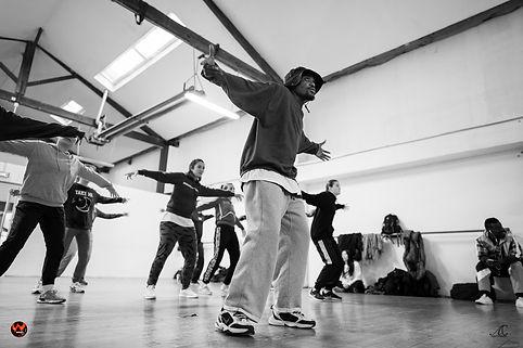 école de danse à toulouse , Flow'o'graphie propose des cours de hip hop.